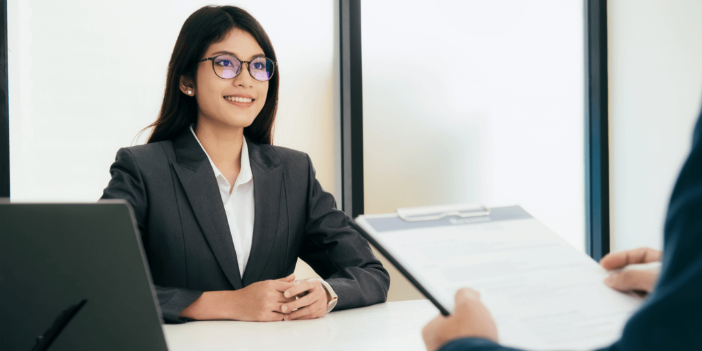 Job Interview Body Language: 8 Proven Tips for Success | FlexJobs